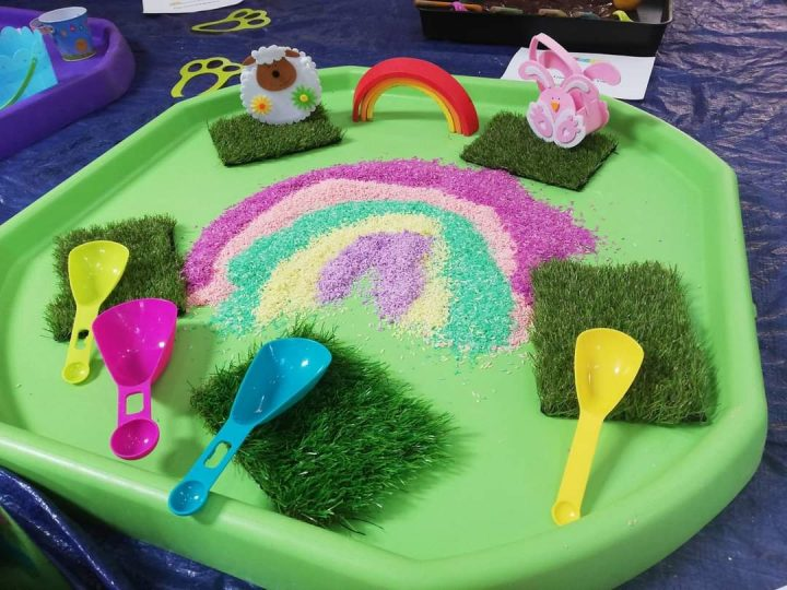Messy Play Themes - Valentines